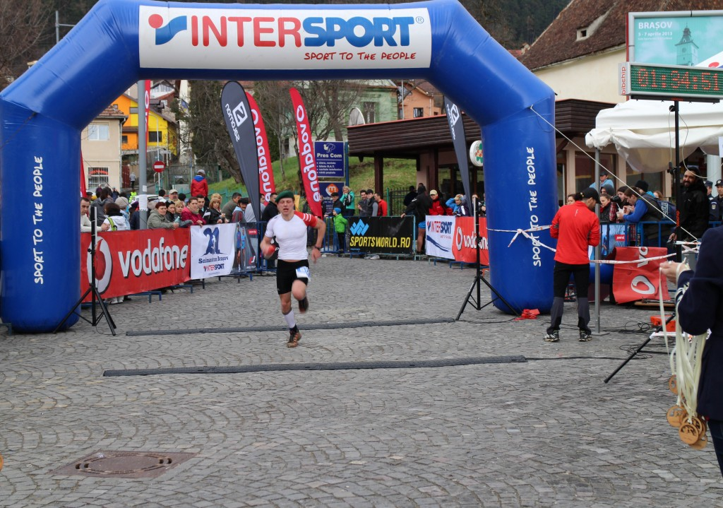 hajnalrobert_semimaratonintersport_finish